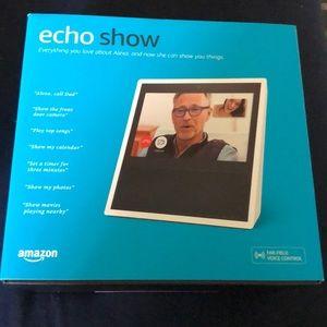 Amazon Echo Show - NIB